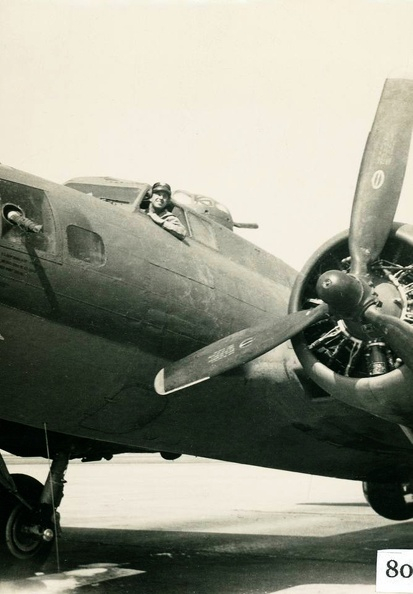 Robert J. Olbinski in B-17.jpg