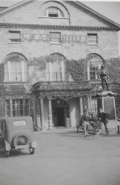 Swan Hotel Leif R Ostnes on right with pipe.jpg