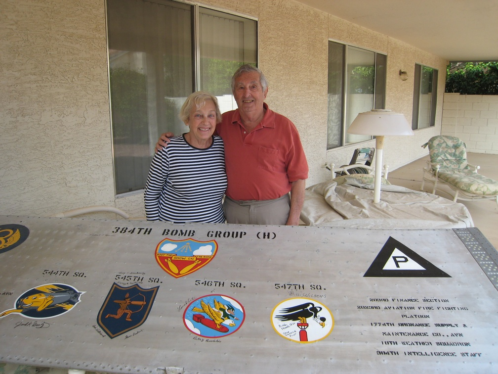 Len and Helen Estrin, 22 Oct 2010, 384th BG B17 Wing Panel
